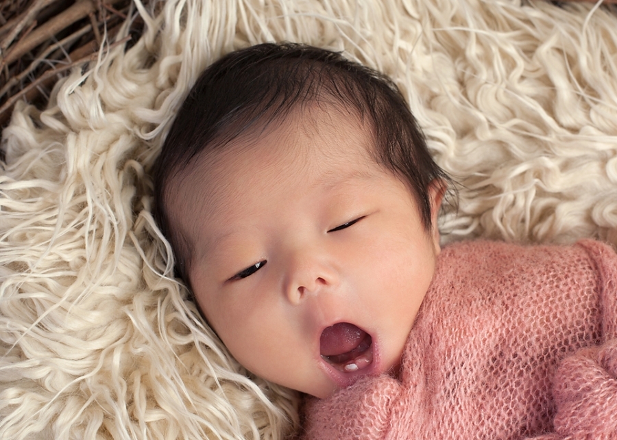 Newborn Baby born with a tooth, Baby born with a tooth, by Los Angeles Newborn Photographer Cathy Murai Photography